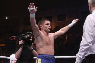 Украинец нокаутировал американца в дебютном бою на профи-ринге