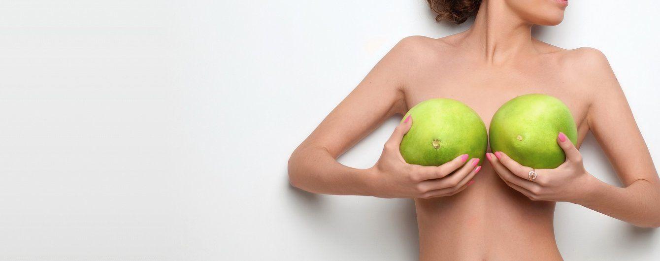 Девушка на массаже грудей фото, мягкая попка в трусиках