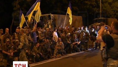 Бойцы «Донбасса» вместе с техникой вышли из Широкино