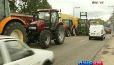 Фермеры парализовали дорожное движение во Франции
