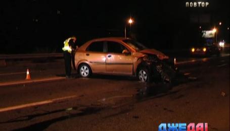 Пьяный водитель в столице разбил свое авто вдребезги