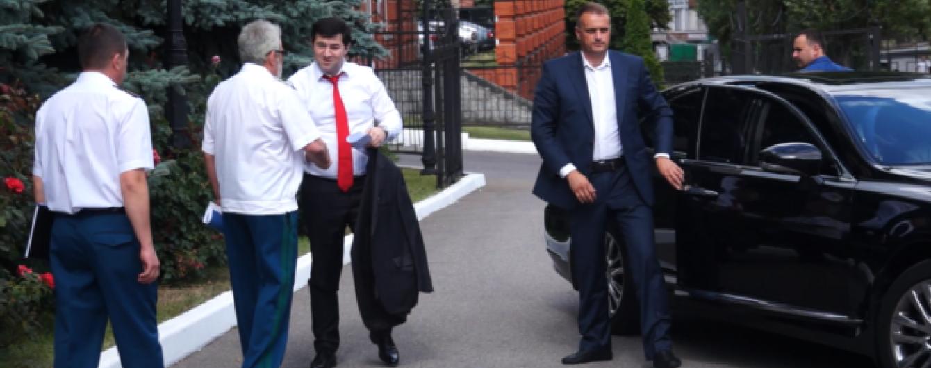 На Lexus Клименко ездят руководители Госфискальной службы - СМИ