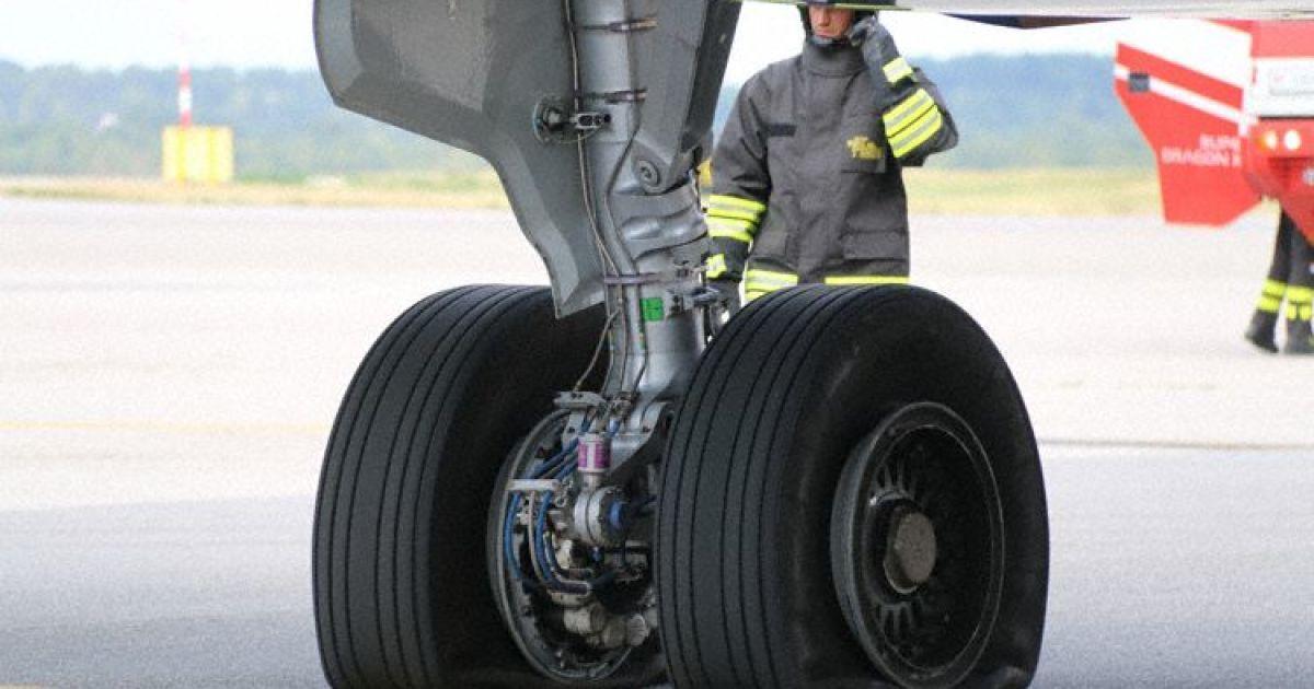 В аеропорту Мілана під час зльоту у російського літака здулись колеса шассі