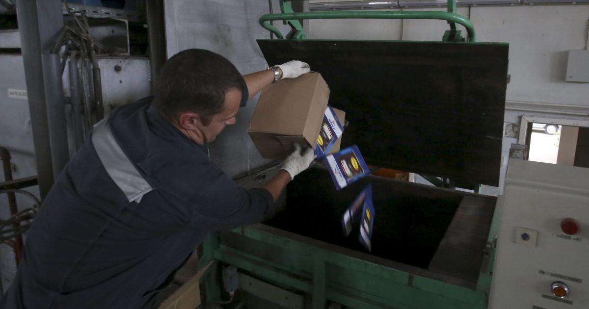 В России 6 августа уничтожили сотни тонн санкционных продуктов.