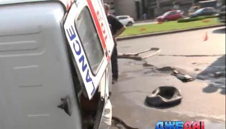 В столице барышня протаранил карету скорой, которая везла ребенка