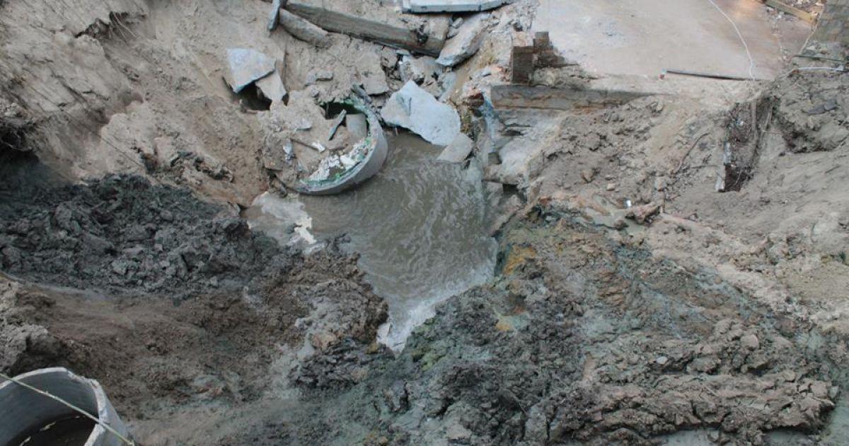 В Киеве продолжается ремонт коллектора @ Киевводоканал