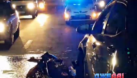 На Московском проспекте в Киеве в аварию попали 4 авто