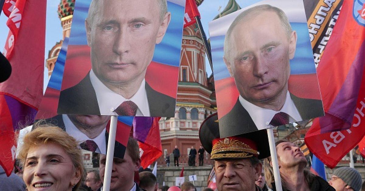 Россияне теряют интерес к украинцами, но хотят ездить в Украину без виз