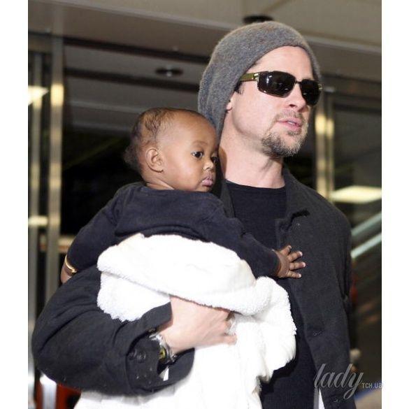 Анджелина Джоли с детьми _1