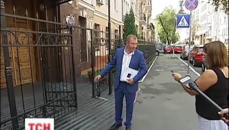 Вместо Виктора Януковича на допрос в ГПУ сегодня пришел его адвокат