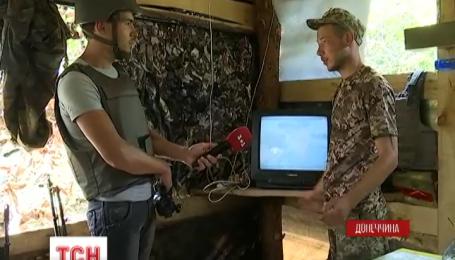 Волонтеры профинансировали 500 спутниковых антенн, чтобы бойцы могли смотреть наши телеканалы