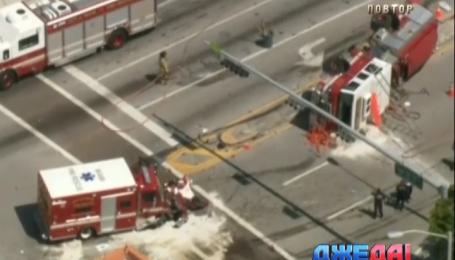 Карета «скорой» и пожарная машина не разминулись на дороге во Флориде