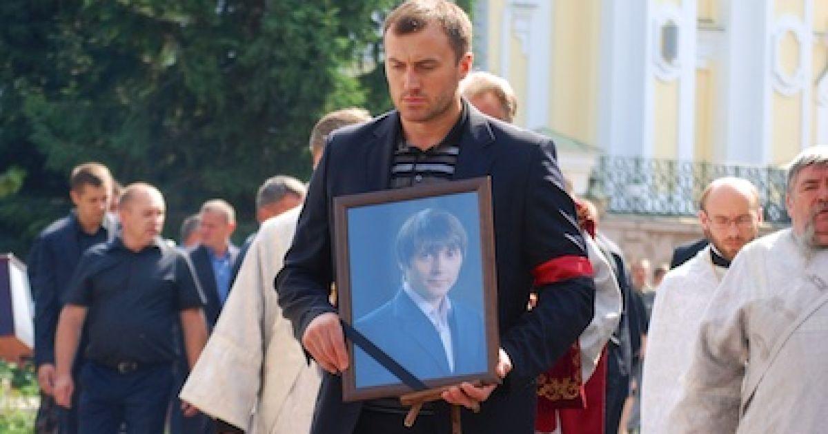 Во время церемонии прощания с Еремеевым в центре Луцка @ ТСН.ua