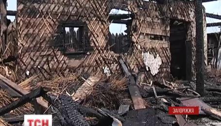 На острове Хортица молния сожгла музей «Запорожская Сечь»