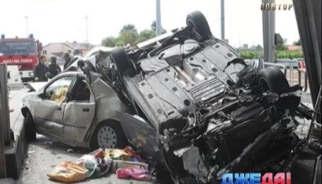 Два человека погибли и трое пострадали в страшной аварии в Италии