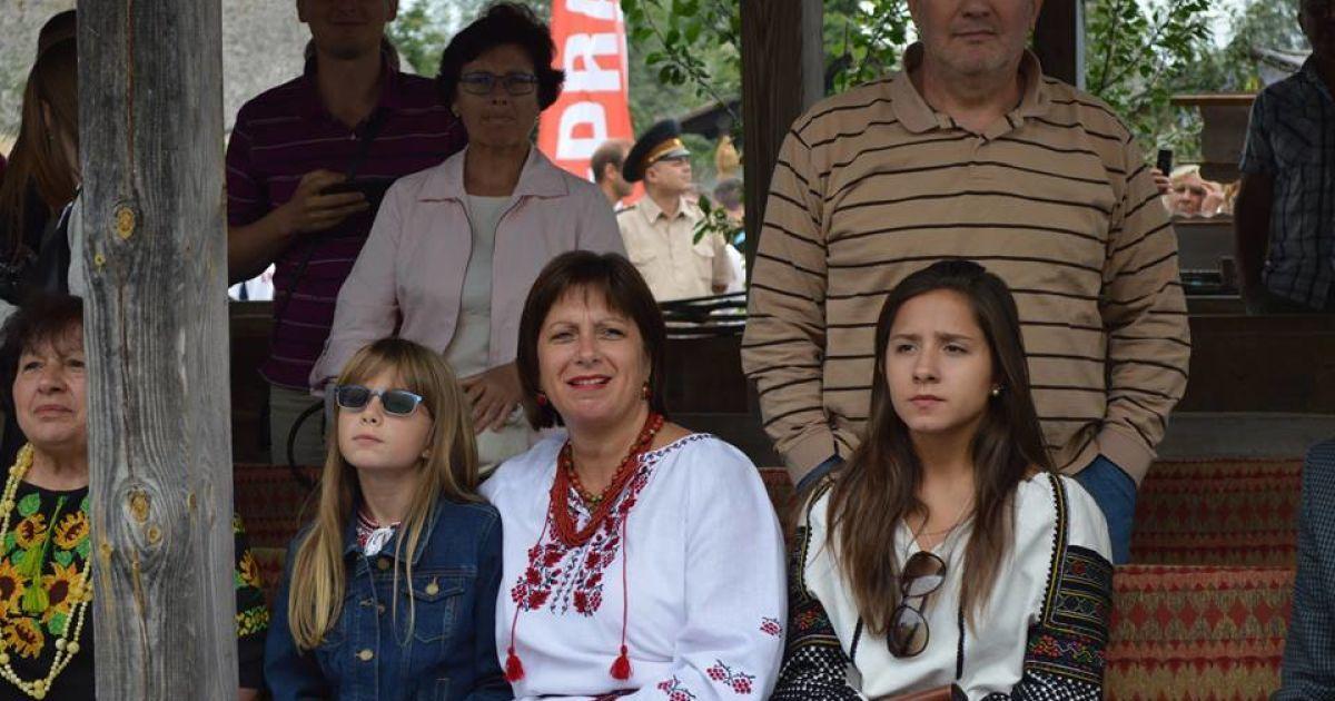 Під час відкриття Сорочинського ярмарку @ Фото Віталія Скобельського