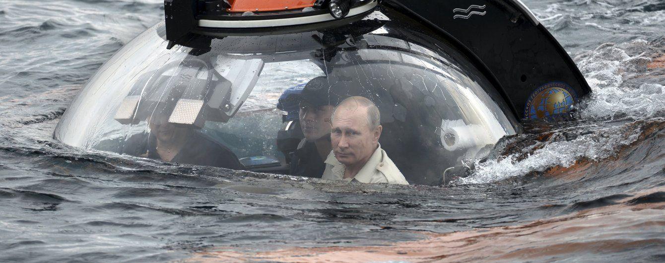 Путін ухилився від відповіді, чи врятував би Порошенка від утоплення