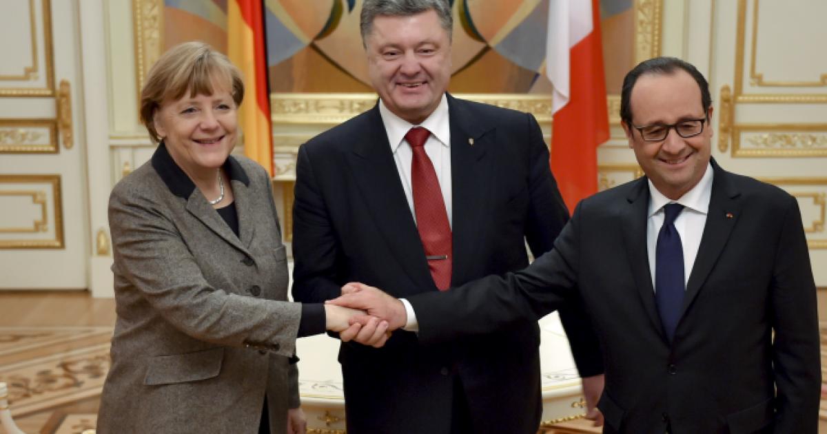 У Порошенко рассекретили, о чем будут говорить в Берлине на День Независимости