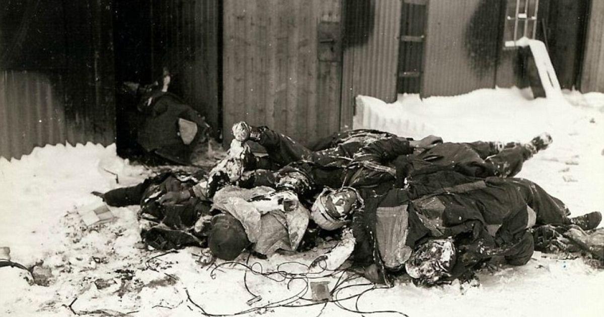 Франция. Тела убитых немецких солдат просто свалили на землю. @ Argunners