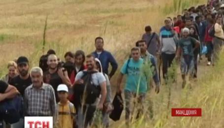 Македонская полиция слезоточивым газом разогнала несколько тысяч мигрантов