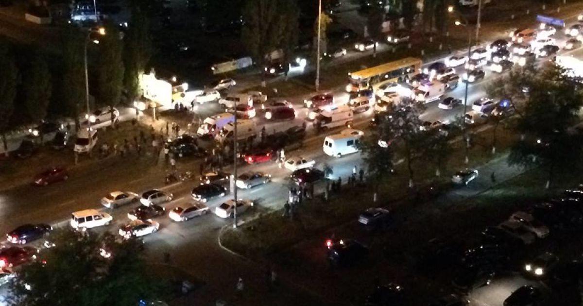 В ДТП на Героев Сталинграда столкнулись 5 машин. @ facebook/Игорь Шороп