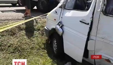 В Грузії мікроавтобус з українцями потрапив у ДТП
