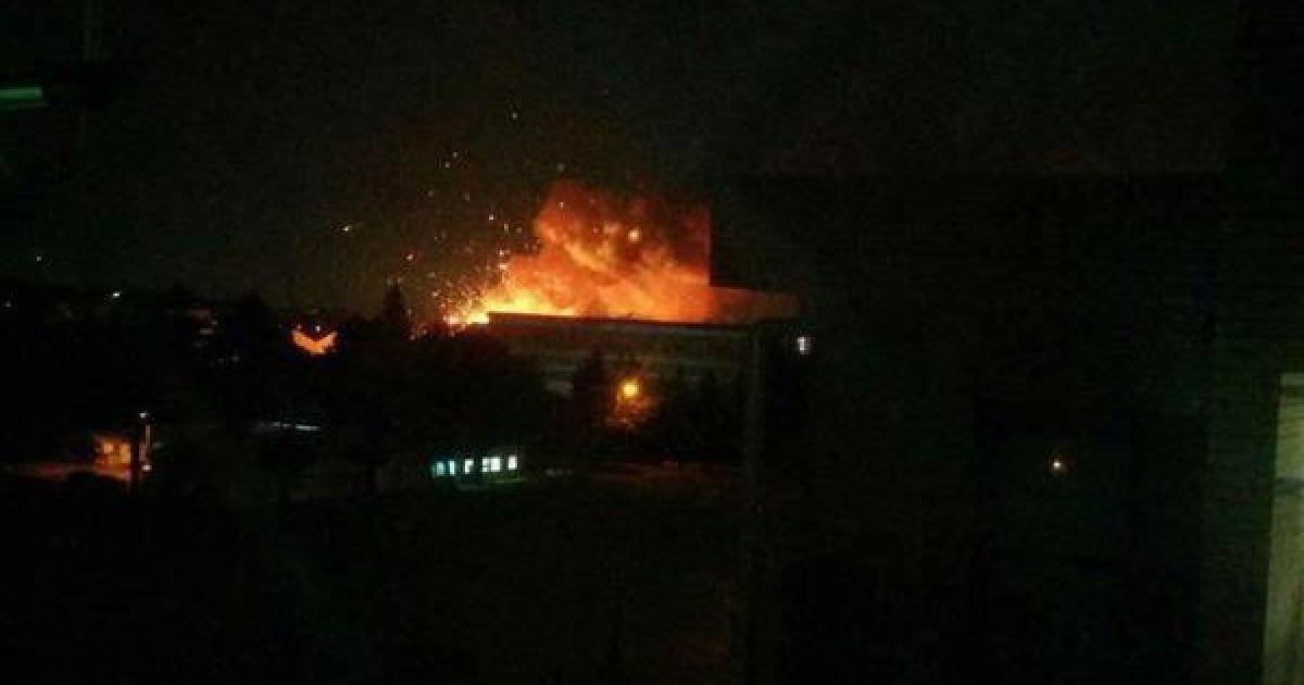В Сагахимаре на складе ВВС США прогремели взрывы. @ twitter.com/Breaking911