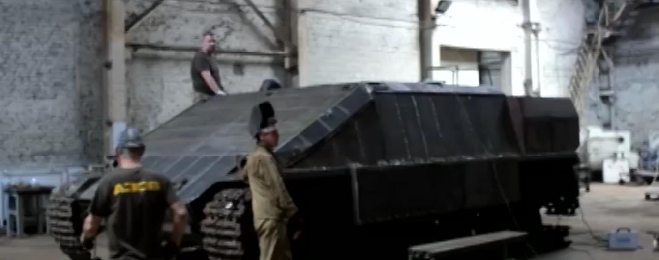 Украинцы изобрели невиданную до этого времени в мире военную технику – танк с двумя башнями