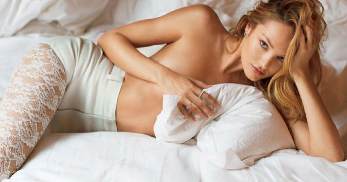 Попу тетю фотомодель фото голая девушку гости русское