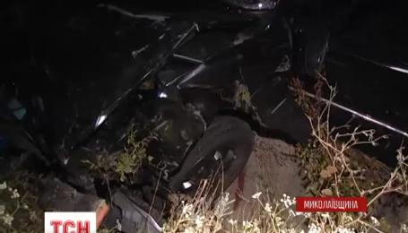 У Дніпропетровську позашляховик «Mercedes» влетів у легковик, є постраждалі