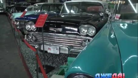 В музее ретро авто собрали более сотни редких машин