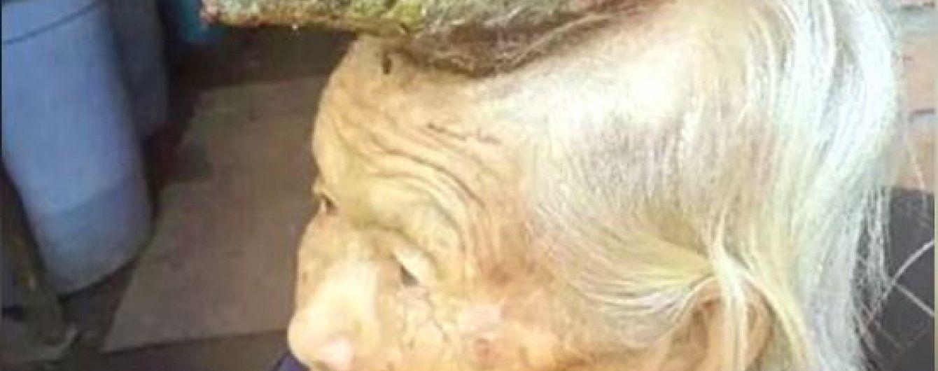 В Китае нашли женщину-единорога