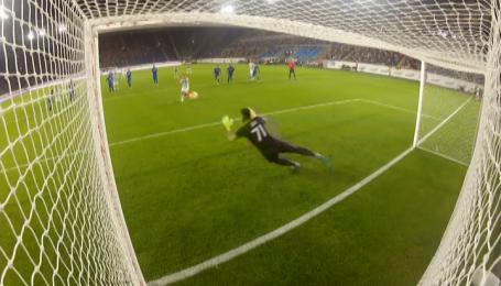 Днепр - Карпаты - 0:0. Карноза не забивает пенальти