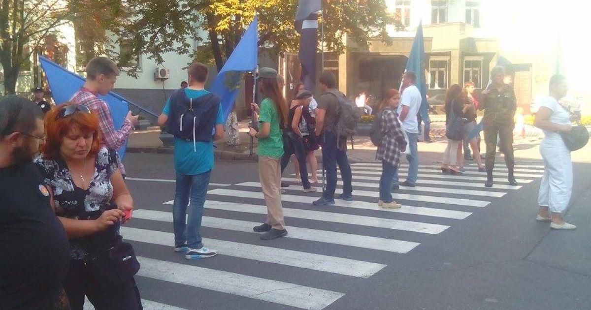 Активисты блокируют движение @ ТСН