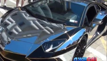 Lamborghini покрасили хромированной краской