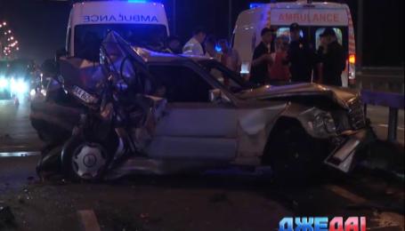 На столичном Московском мосту автомобиль едва не взлетела на воздух