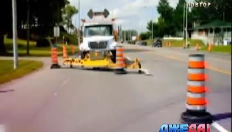 Автономный грузовик в США должен облегчить работу дорожных работников