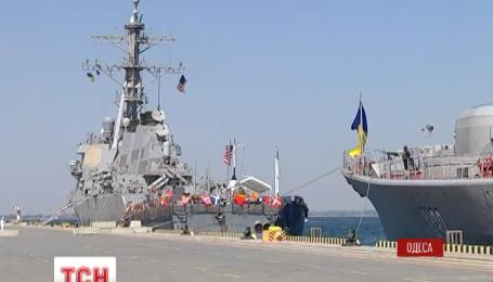 У Чорному морі проходять міжнародні військові навчання Sea Breeze 2015