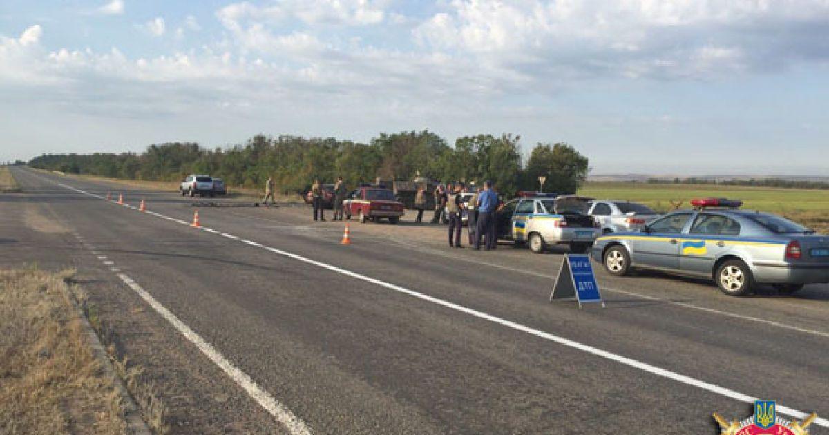 БТР зіткнувся з легковиком @ МВС Донецкої області