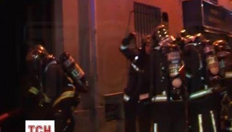 По меньшей мере 8 человек погибли при пожаре в жилом доме в Париже