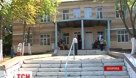 В Винницкой области родители и учителя отремонтировали школу, которую сожгла молния
