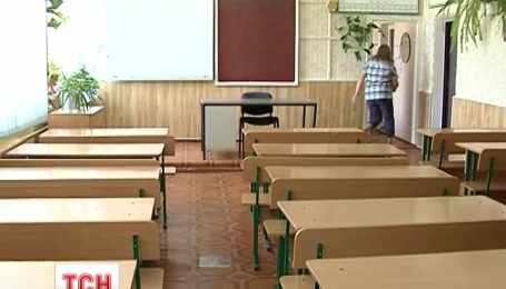 Из-за жары более четырех тысяч школьников из Ладыжина Винницкой области все еще на каникулах