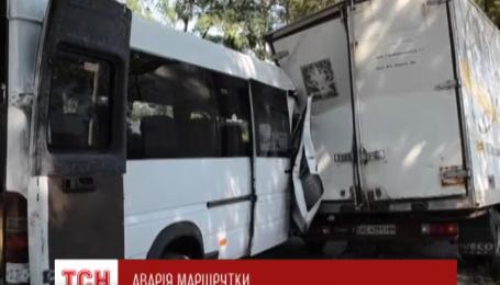 11 людей постраждали в аварії у Запоріжжі