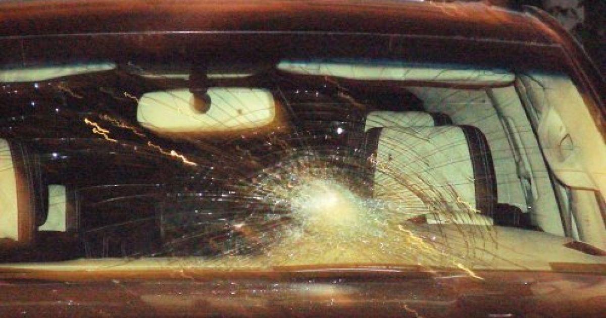 Расстрелянный автомобиль мєра Винников @ zaxid.net