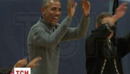 Обама исполнил народный танец жителей Аляски