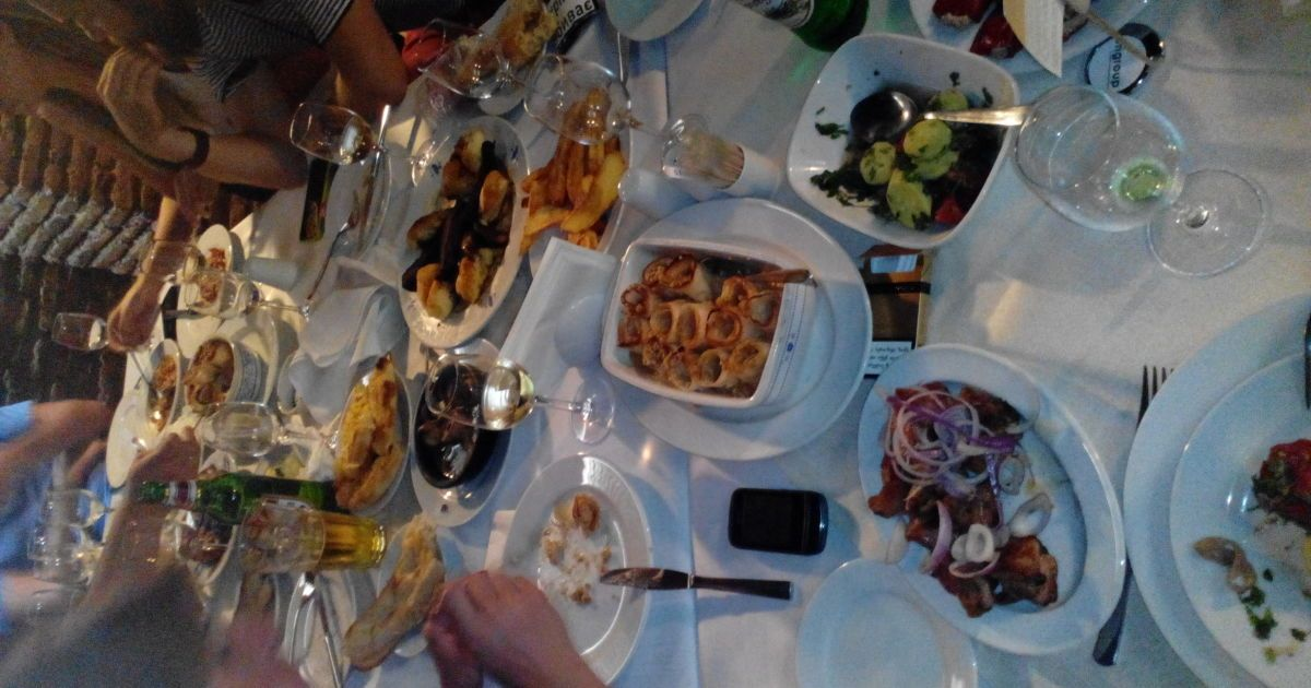Вечеря в ресторані @ Фото: Дмитро Стефурак