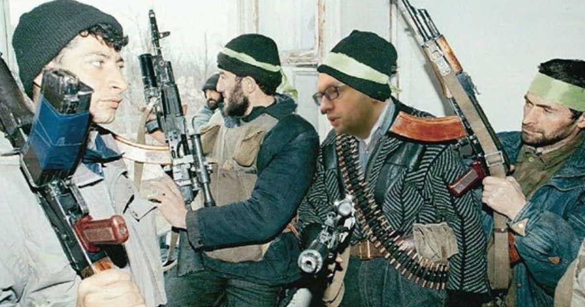 Фотожаба на Яценюка в Чечне