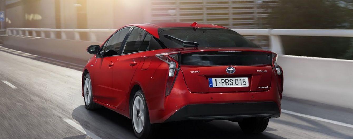 В гибридных автомобилях Toyota намечается сбой программного обеспечения