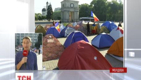 Президент Молдовы отказался уходить в отставку, несмотря на призывы протестующих