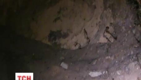 Київські дорожники обіцяють відреагувати на сюжет ТСН про величезну підземну печеру